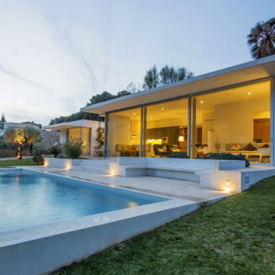Little modern residence with views to the Montgó, Costa Blanca - Spain